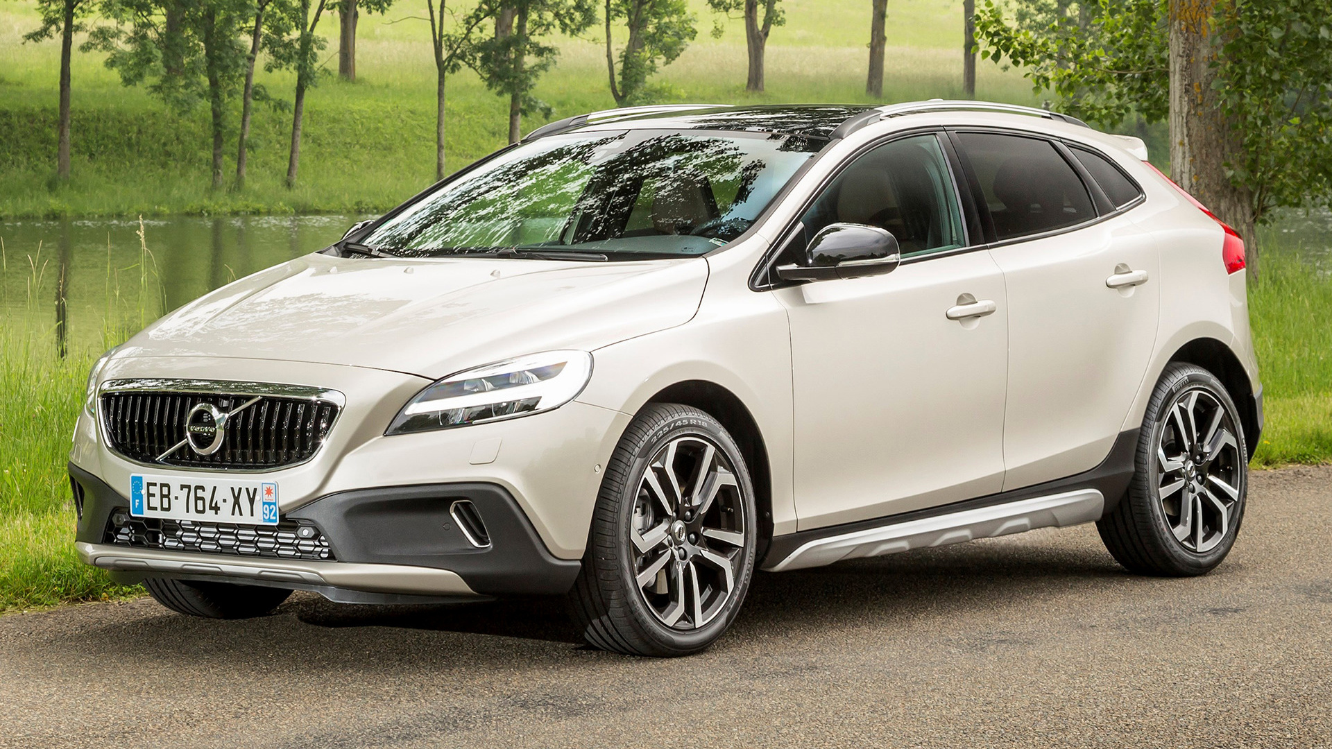 2016 Volvo V40 Cross Country   Wallpapers and HD Images Car Pixel 1920x1080