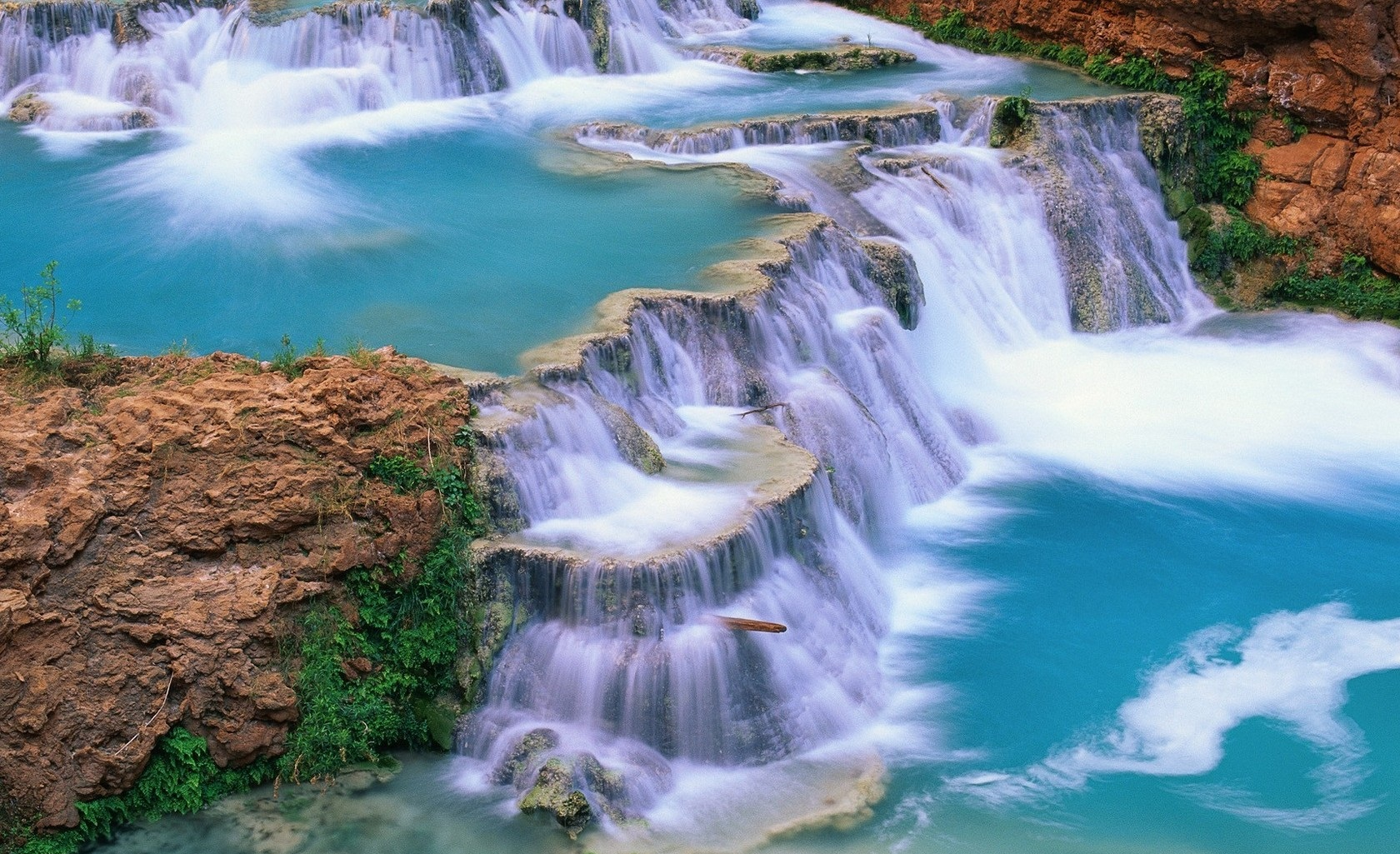 Beautiful Waterfalls HD Wallpapers Download 1680x1025