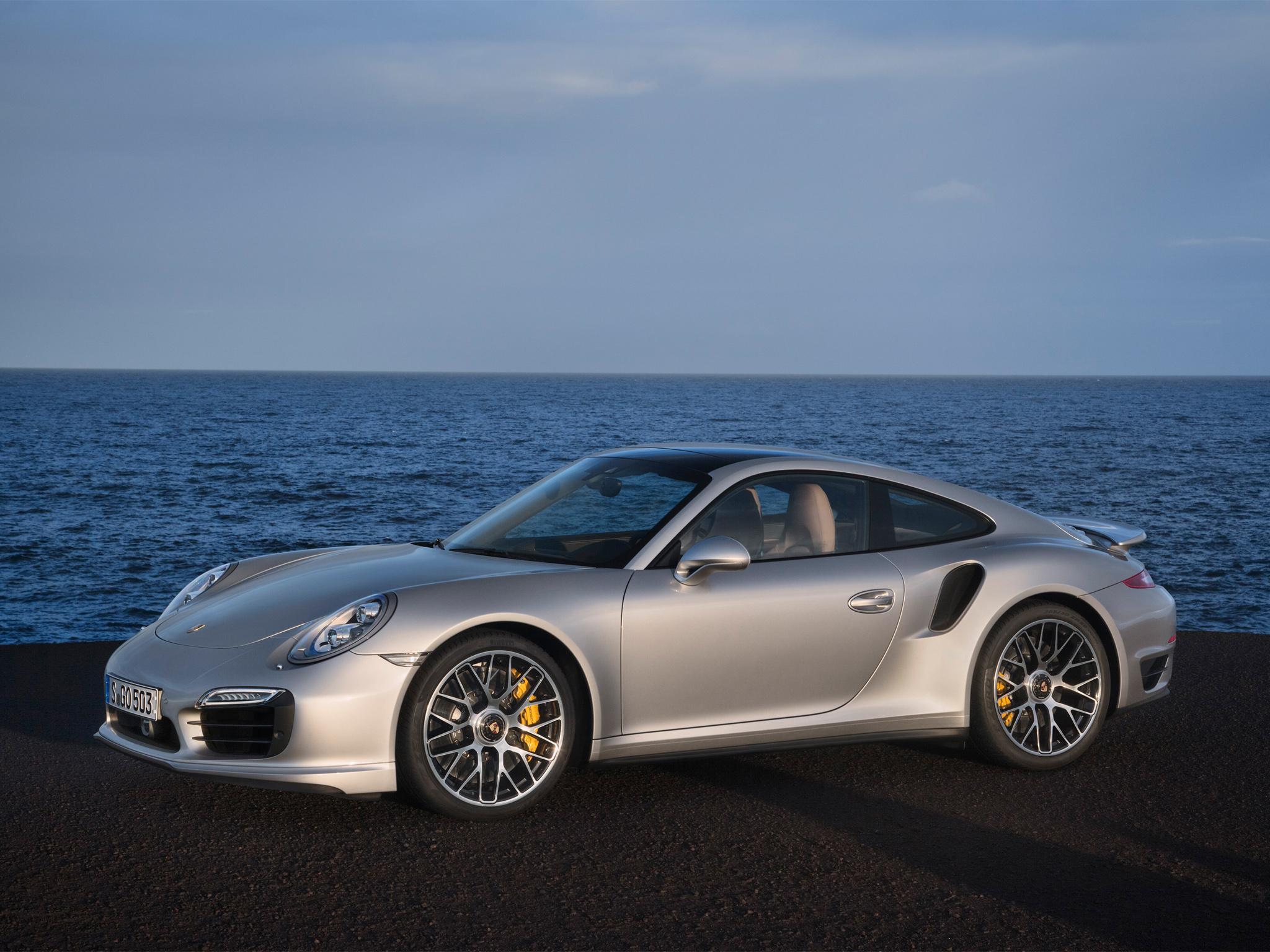 Porsche 911 Turbo Wallpapers and Background Images   stmednet 2048x1536