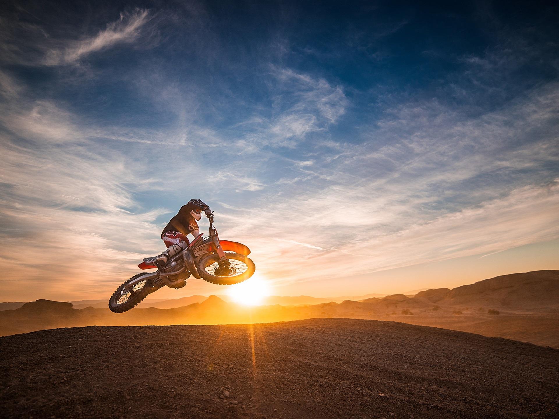 Wallpaper Motorcycle race sports jump sunset 1920x1440 HD 1920x1440