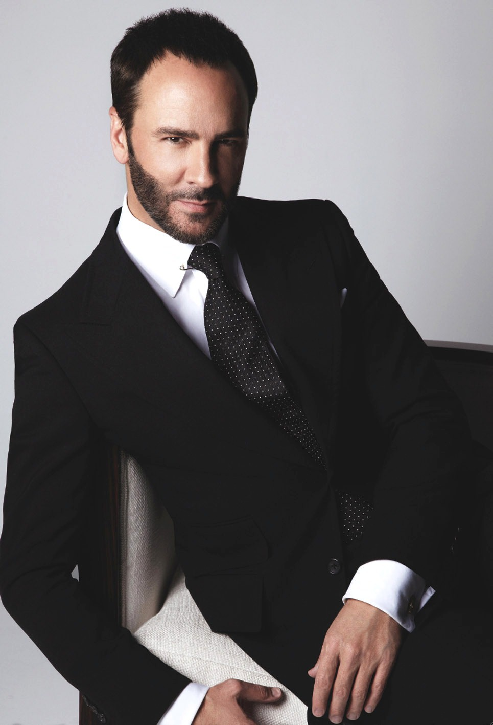 956405 Tom Ford Wallpapers 965x1417