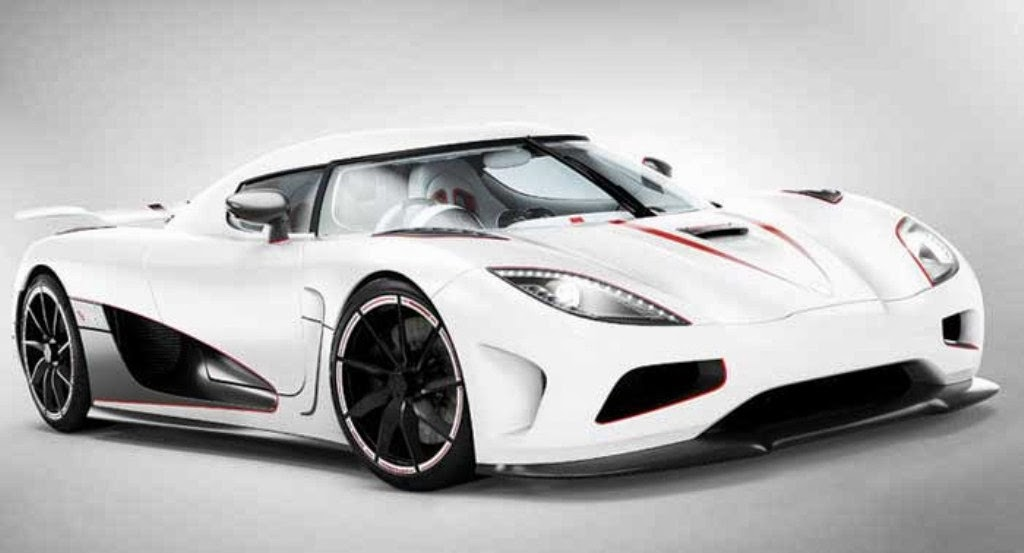 Koenigsegg Agera R Super Car Wallpaper 1024x553