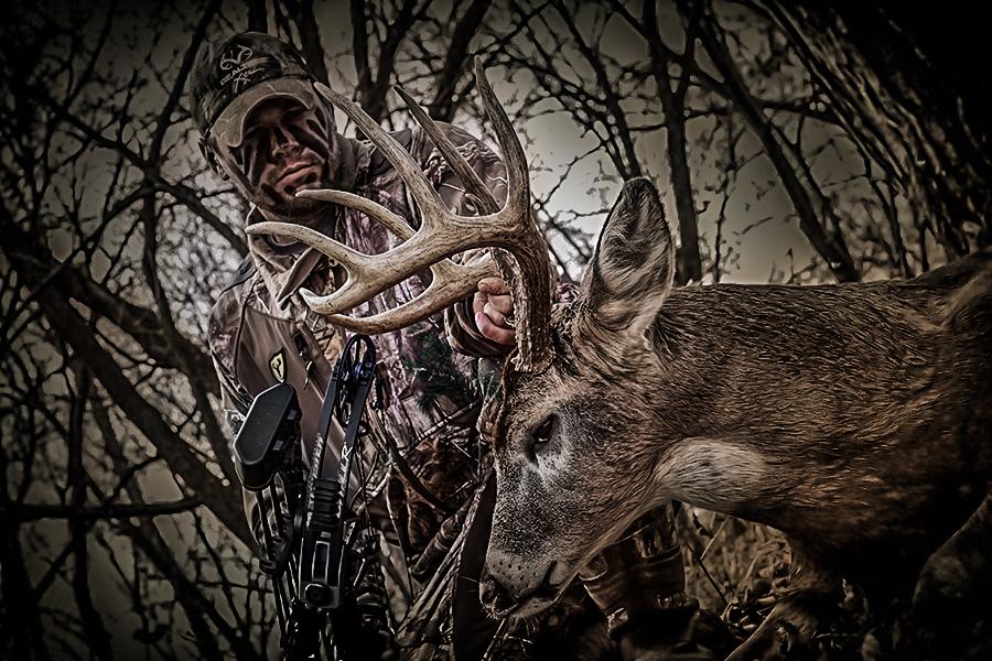 Antler Geeks Public Land Success in Iowa Deer Hunting Realtree 900x600