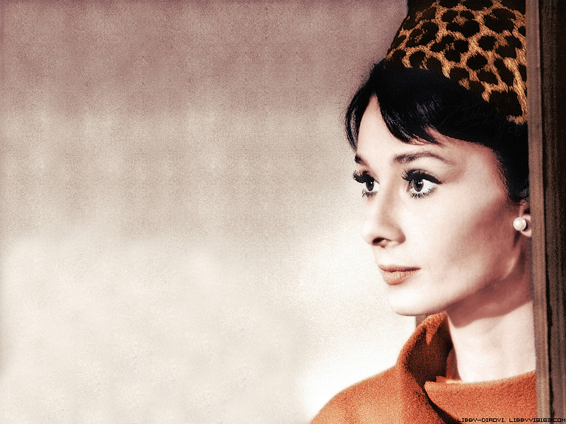 Audrey Hepburn Wallpapers 800 x 600 800x600