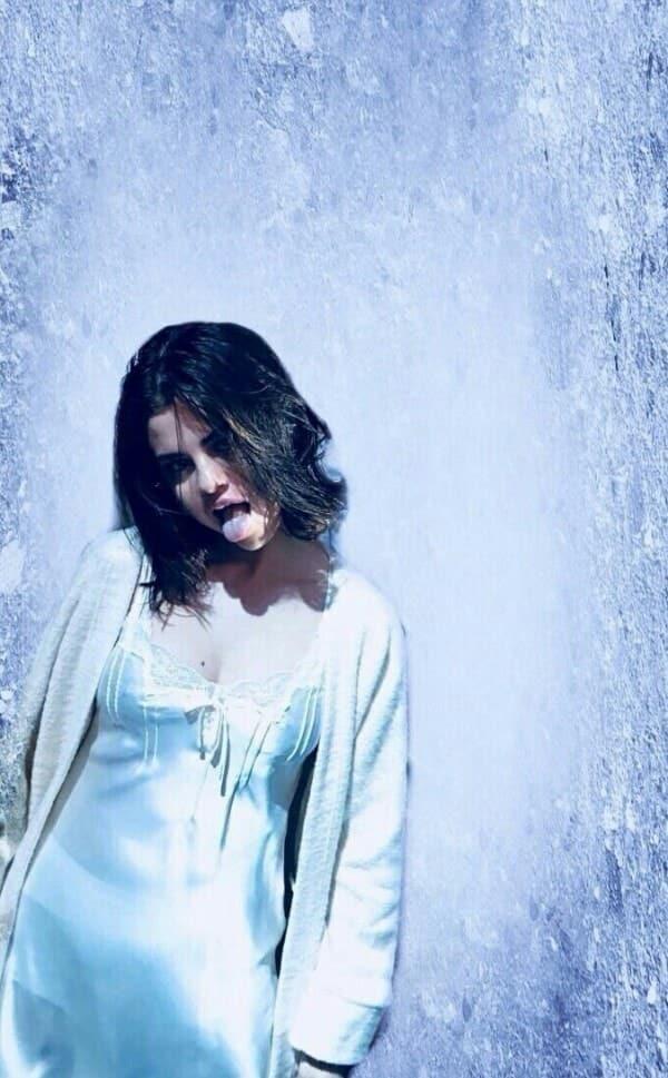 AMAs in backstage Selena Gomez Wallpaper on We Heart It 600x969