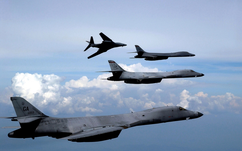 aircraft bomber b1 lancer 3000x2055 wallpaper Vehiclehi HD Wallpaper 1440x900