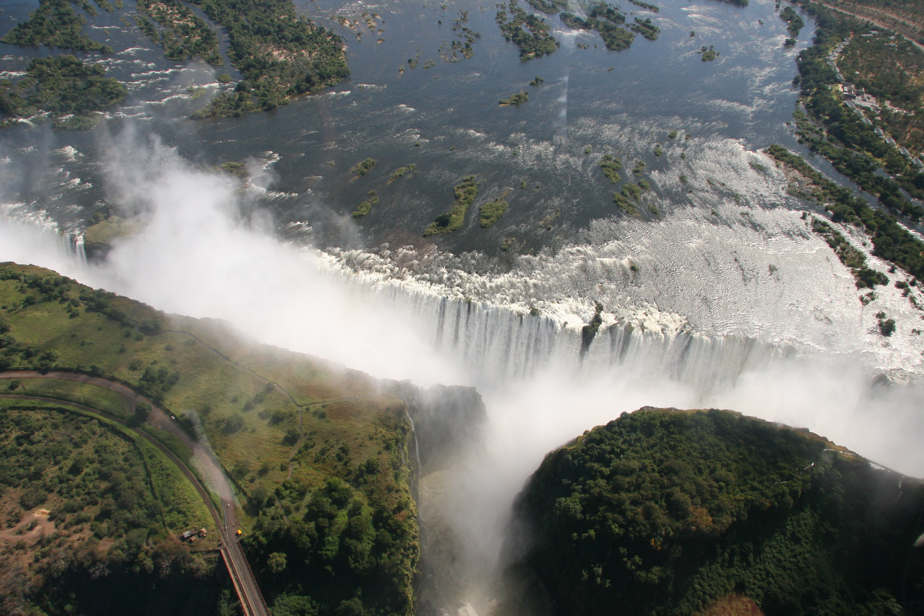 [47+] Victoria Falls Wallpaper Pictures on WallpaperSafari