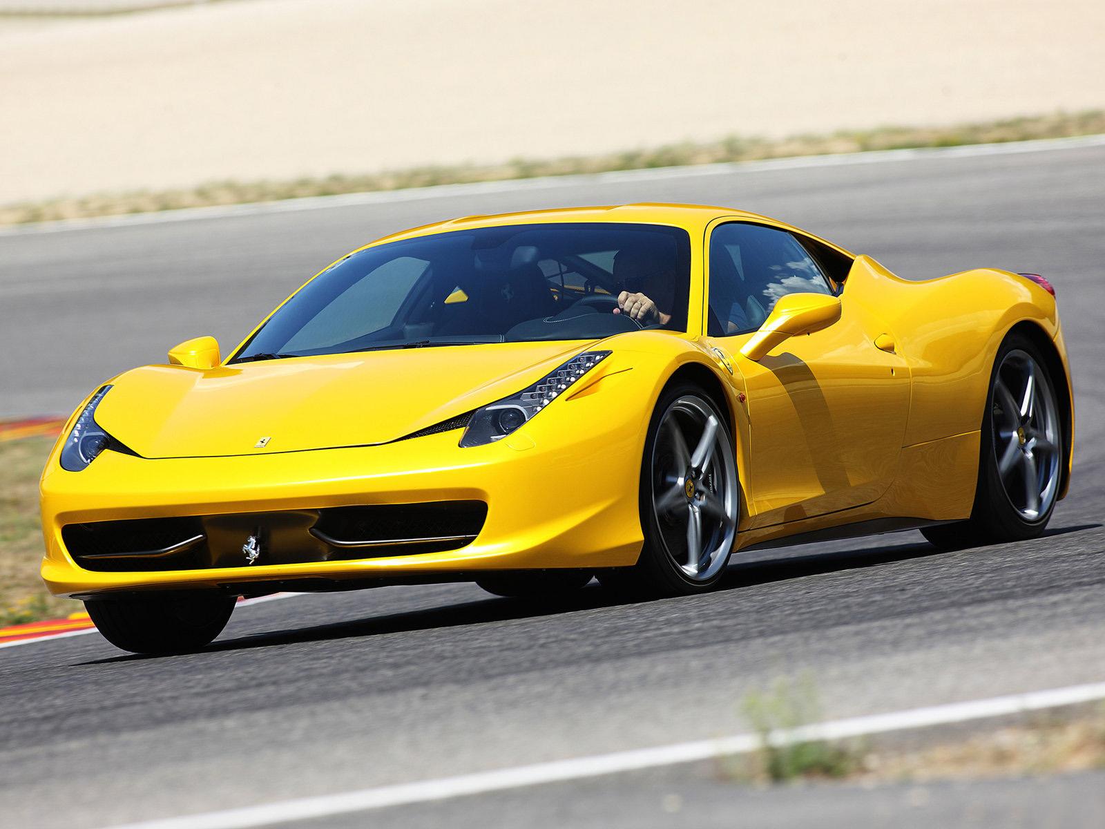 458 Italia Ferrari 458 Italia photo car wallpapers ferrari yellow 1600x1200