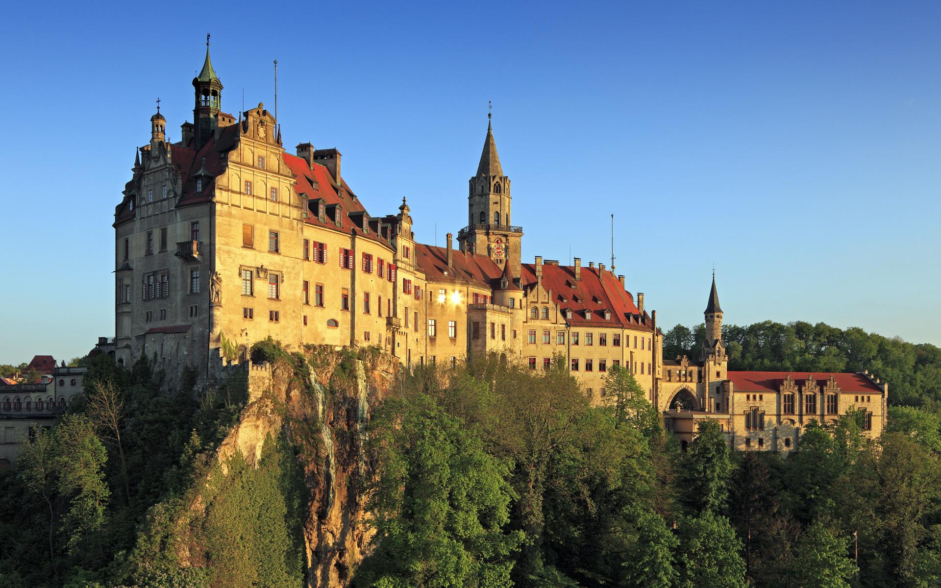 German Castles Wallpaper castles of europe windows 7 theme 1920x1200