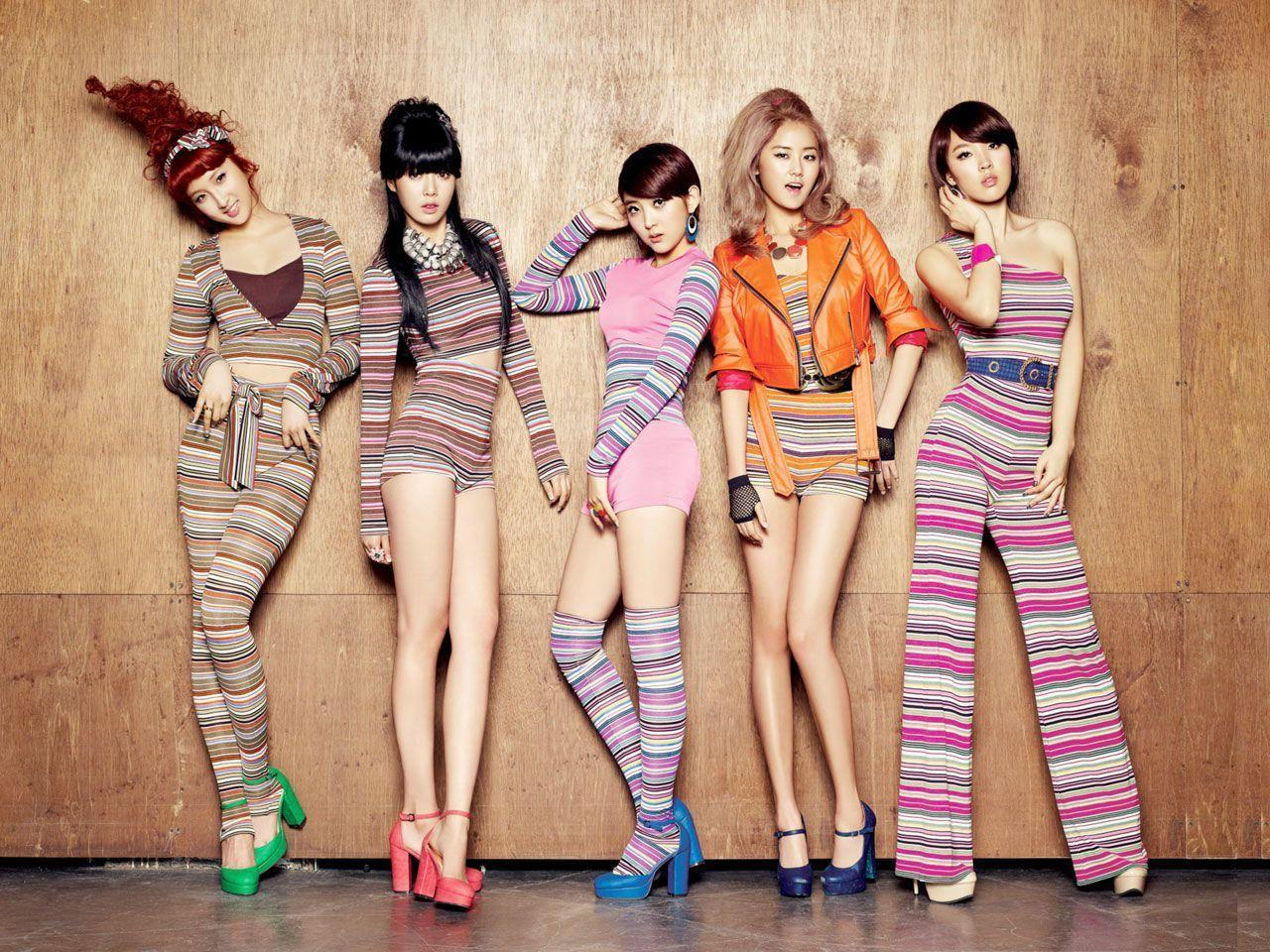 4 Minute Wallpapers 1280x960