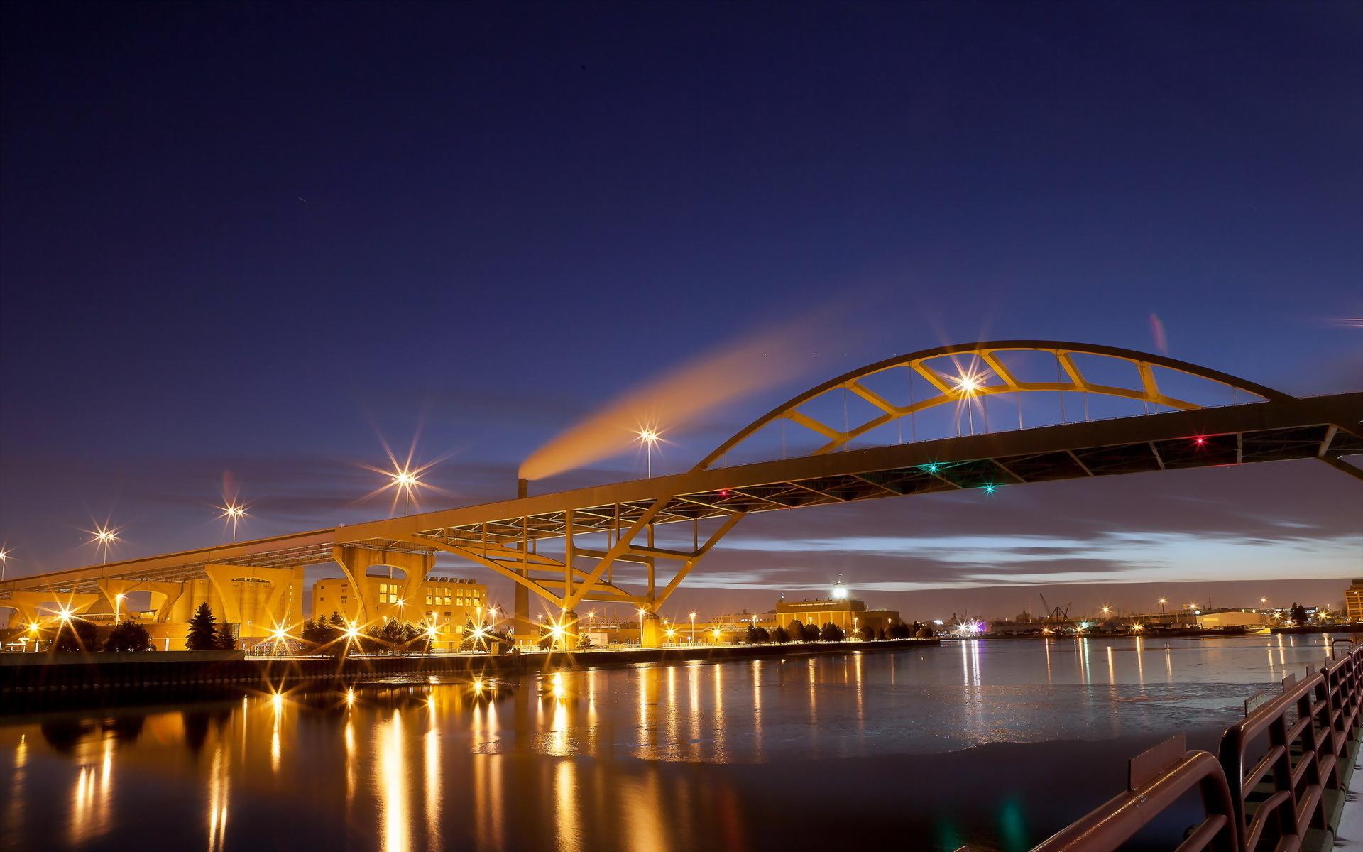 Historic Third Ward Hoan Bridge