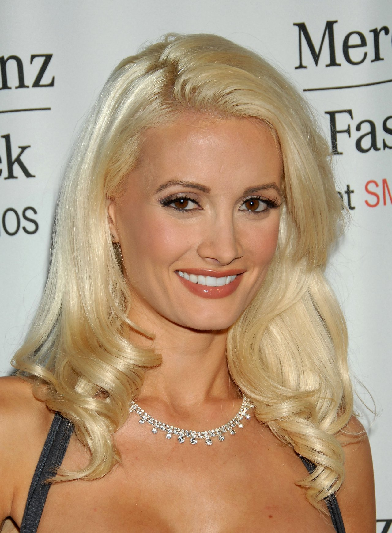 Fashion Holly Madison Wallpapers 9701 1280x1739
