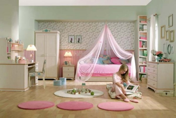 Bedroom Wallpaper Ideas for Girls in Pink Rose Bedroom Wallpaper 600x403