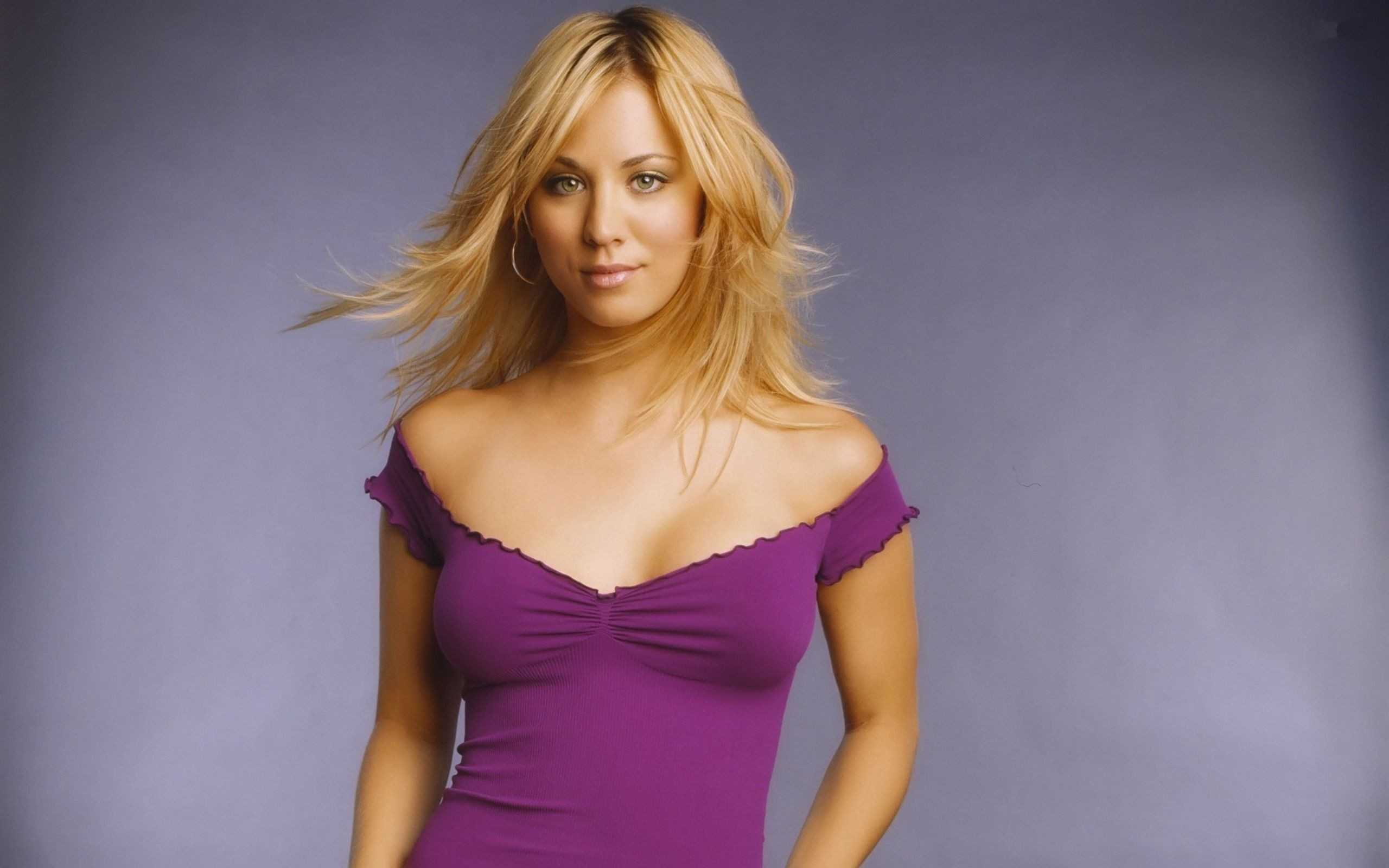 Kaley Cuoco wallpapers widescreen 2560x1600