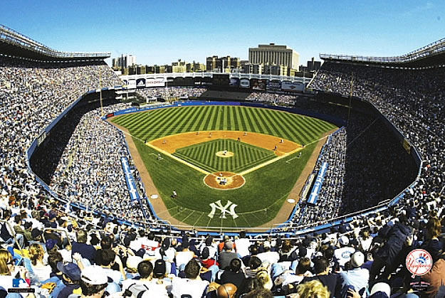 SkyBox Sports Scenes New York YankeesYankee Stadium Wall Mural 625x419