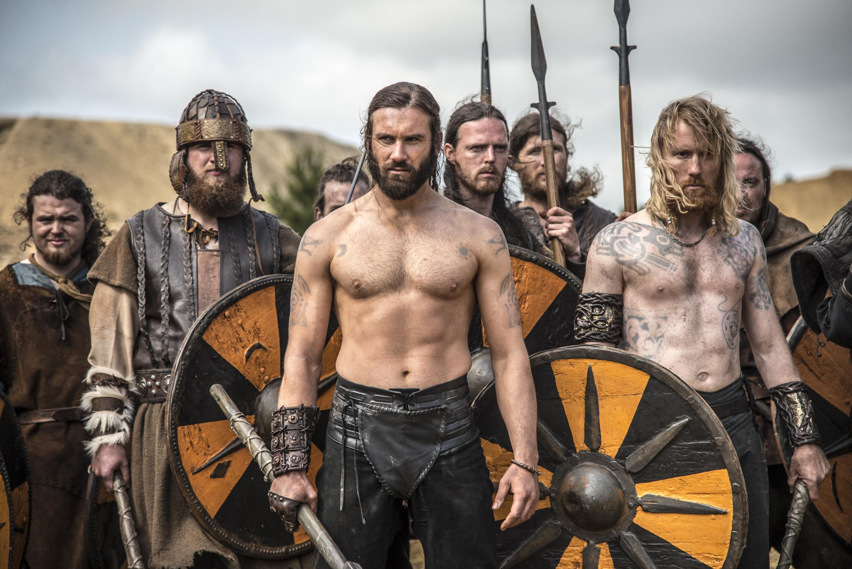 Vikings Season 2 Ragnar and Rollo Go to War in First Photos 3000x2002