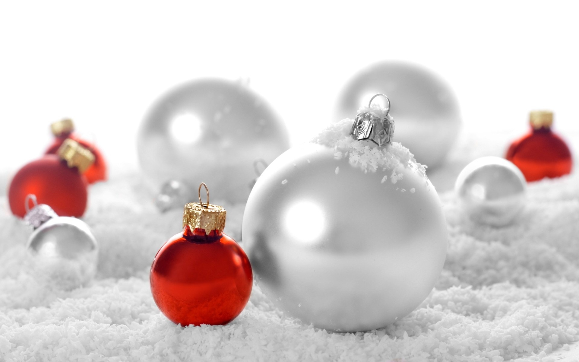 Christmas Decorations wallpaper 1920x1200