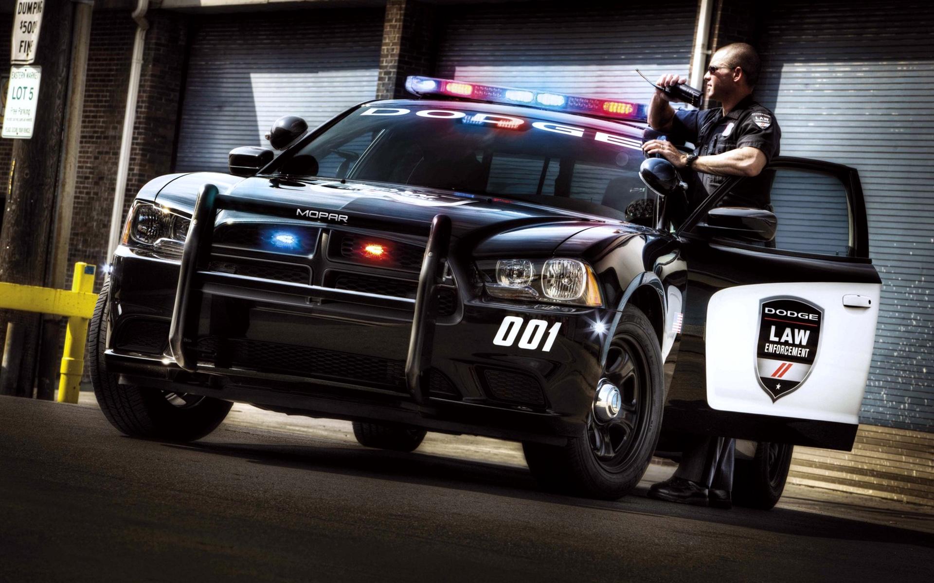 Pics Photos   Police Car Wallpaper Dodge Police Car 1920x1200