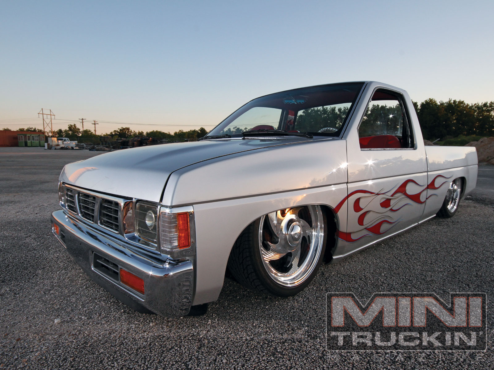 Mini Truckin Wallpaper