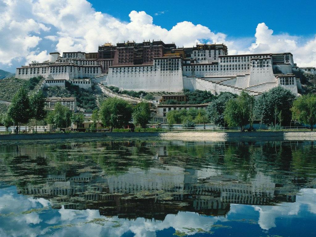 Tibet   Views of the Potala   Lhasa Tibet 1024x768