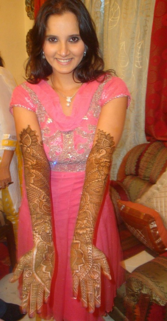 Types of Mehndi designs for hands Celebrity Beauty Picture Wallpaper 560x1078