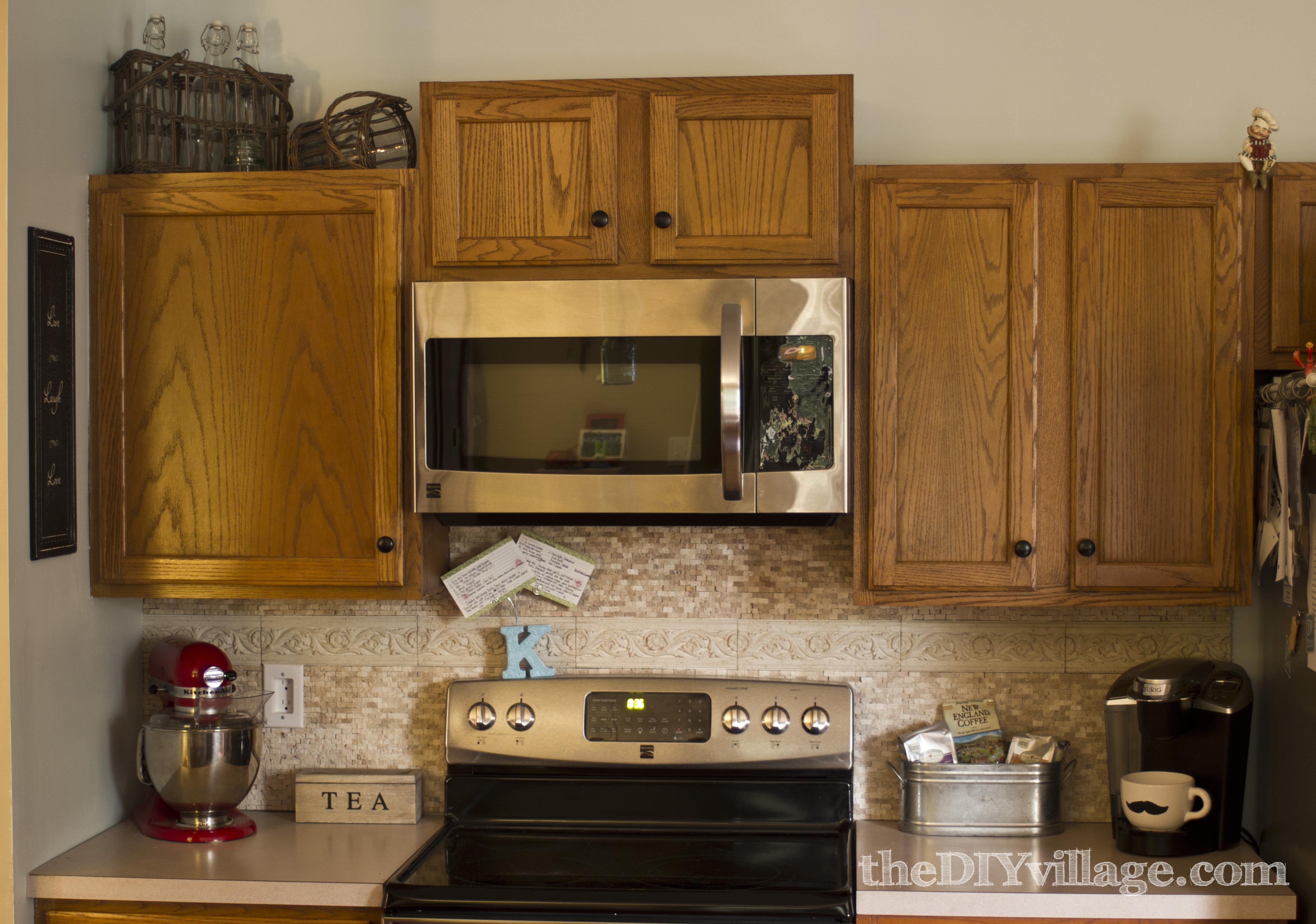 Kitchen Tile Designs Behind Stove