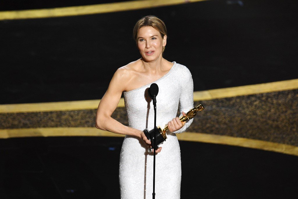 Renee Zellweger wins best actress Oscar for Judy Inquirer 1024x682