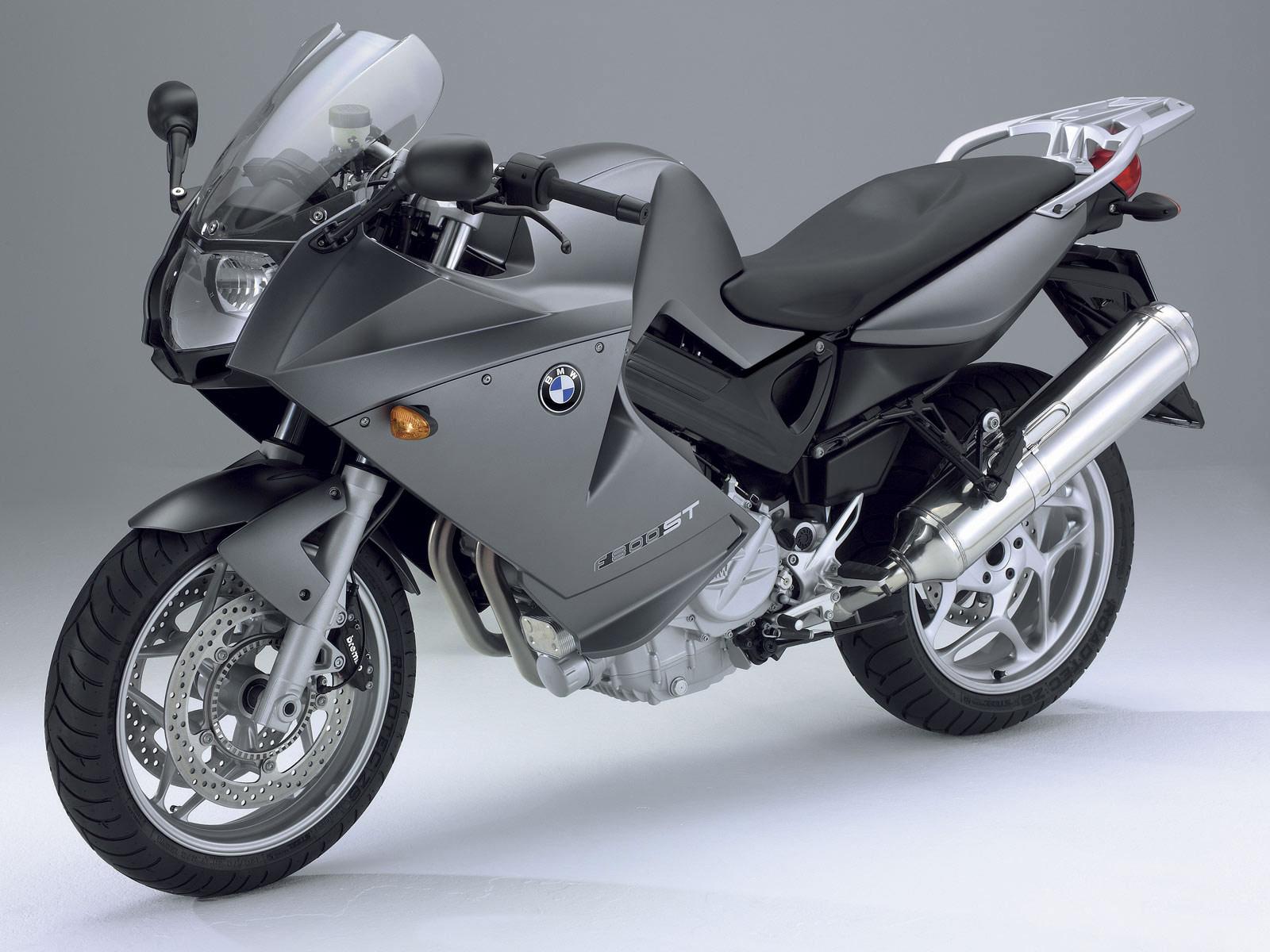 2006 BMW F800 ST Motorcycle Desktop Wallpaper 1600x1200
