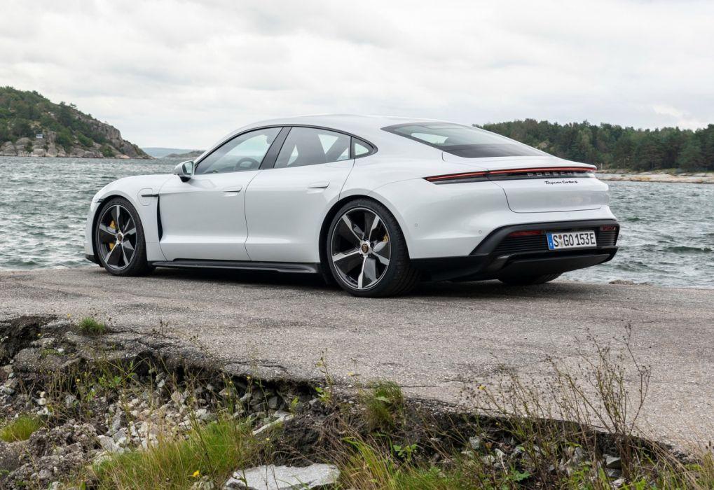 Porsche Taycan 2020 wallpaper 1600x1100 1344391 WallpaperUP 1019x700