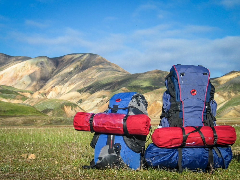 Backpack tramping pack outdoor and grass HD photo by SB 1000x750