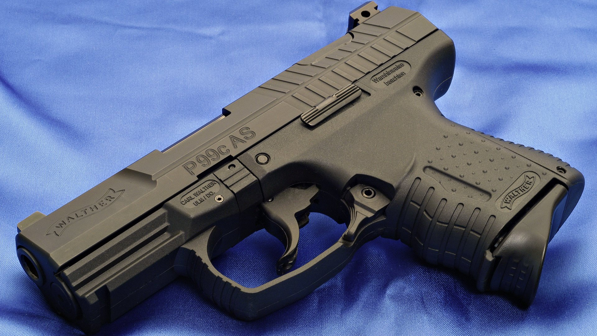Pictures Pistols Walther P99 Closeup military 1920x1080 1920x1080
