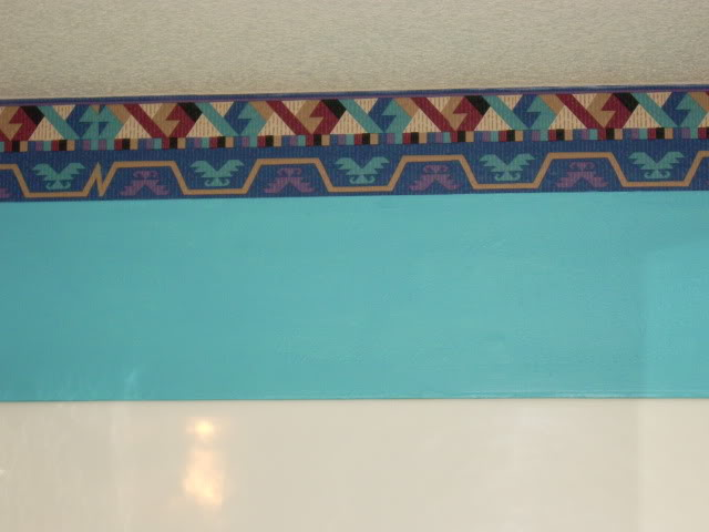 lovely southwestern style wallpaper border just below the ceiling 640x480