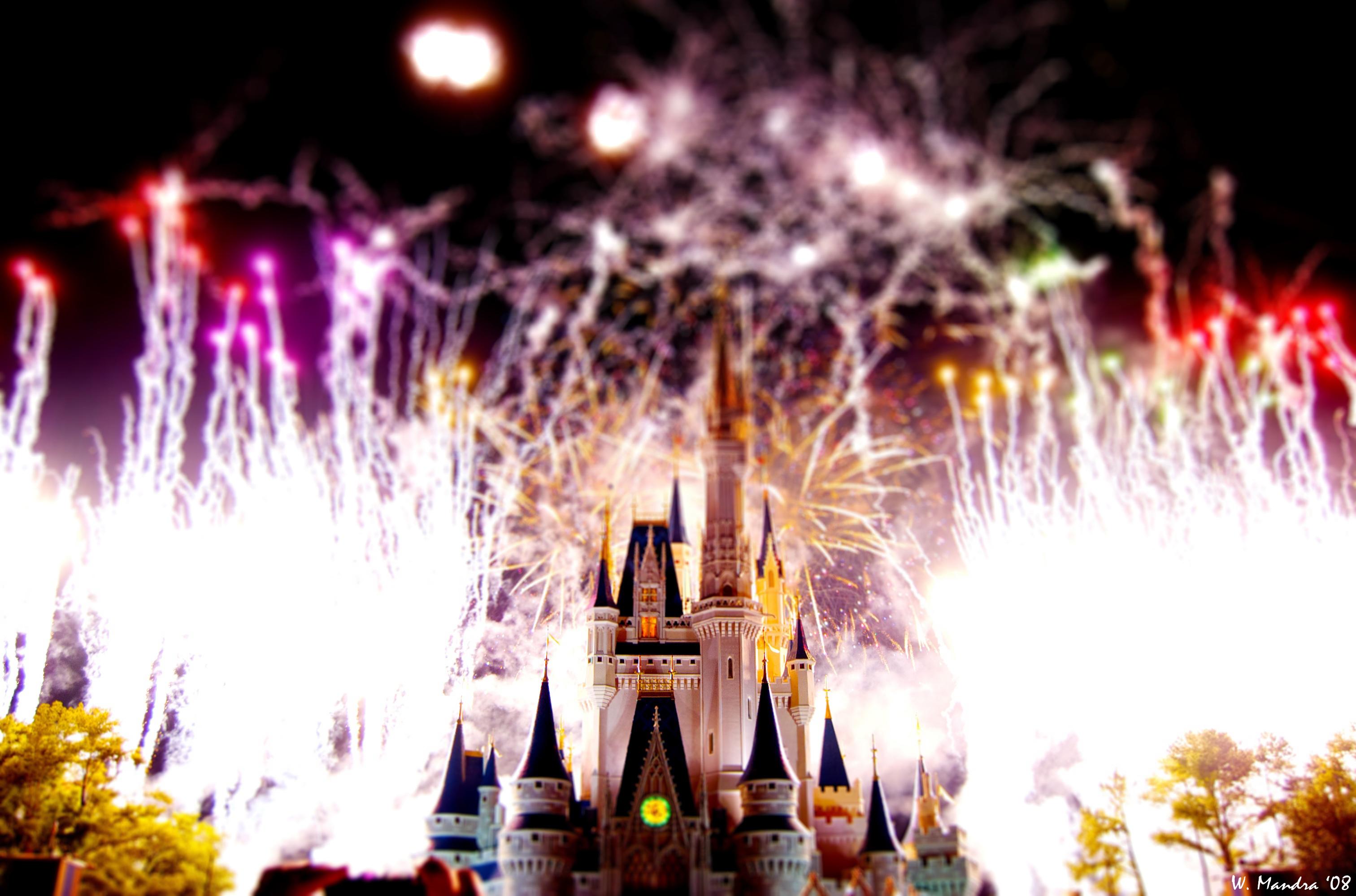 Disney World Fireworks Wallpaper Fireworks over magic kingdom 3024x1998