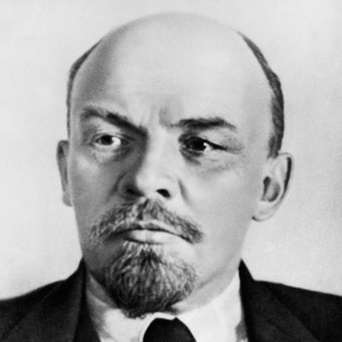 Vladimir Lenin   Life Death WW1   Biography 1200x1200