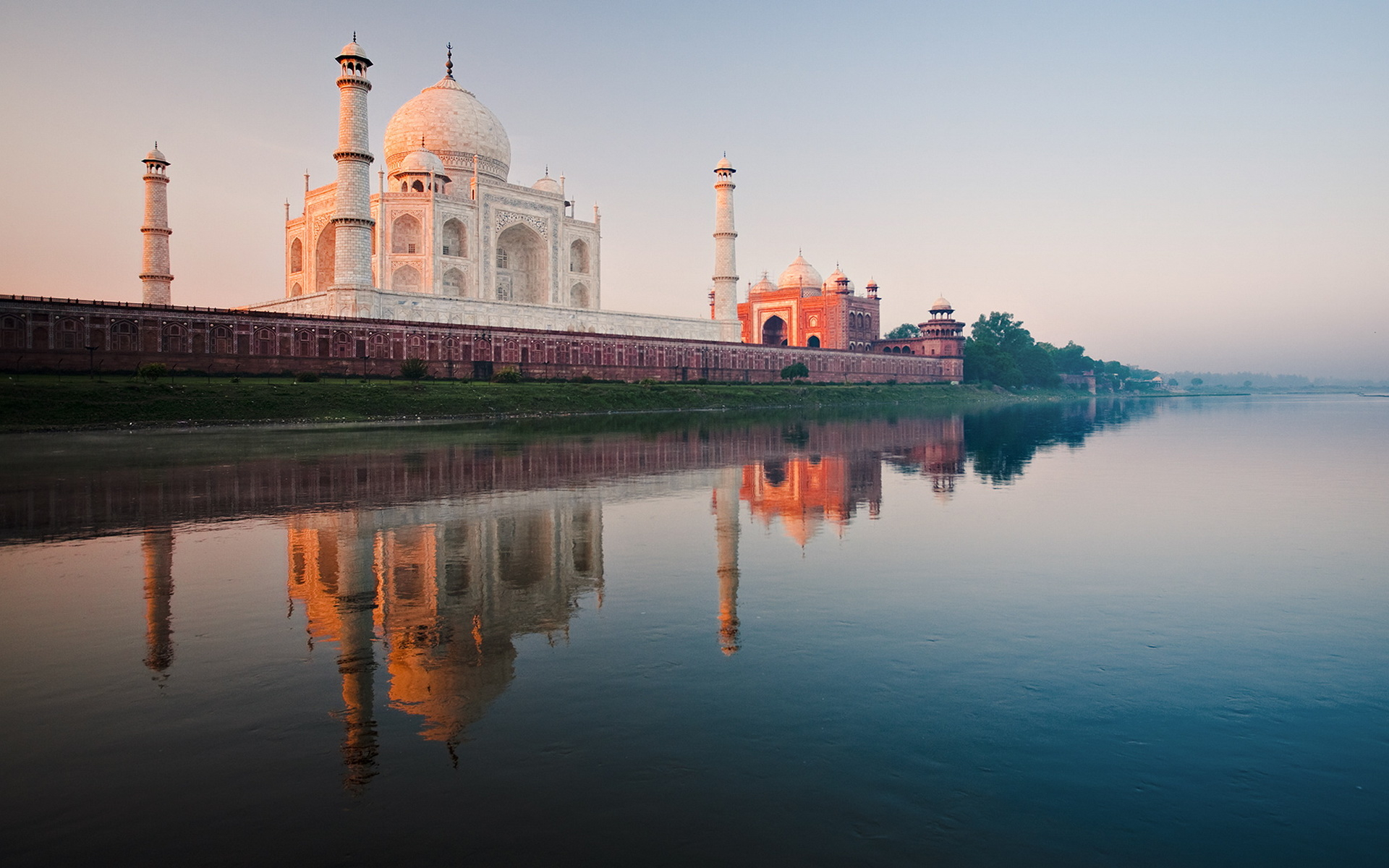 Taj Mahal Wallpapers HD Pictures One HD Wallpaper Pictures 1920x1200