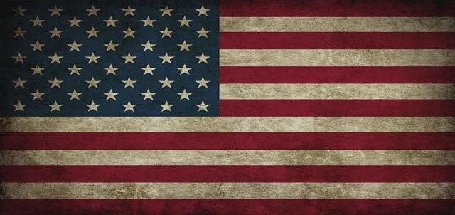 Grunge American Flag Wallpaper 640x302