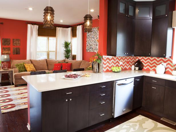 Animal Print Decor Trend   Do You Like Animal Print Decor HGTV 616x462