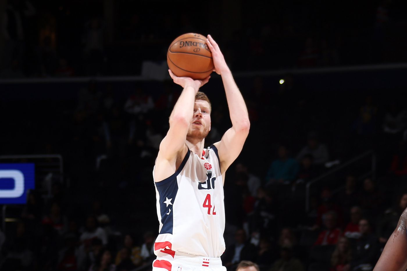 Wizards Davis Bertans to take part in 2020 NBA 3 point contest 1400x933