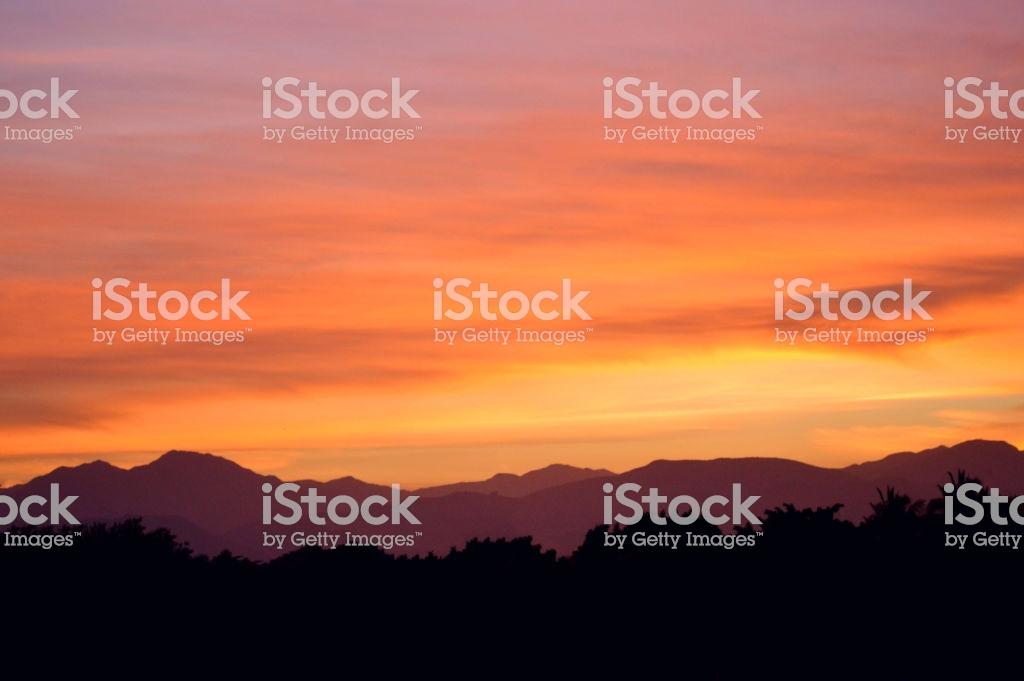 Background Sunset Fondo De Un Atardecer Con Montaas De Fondo 1024x681