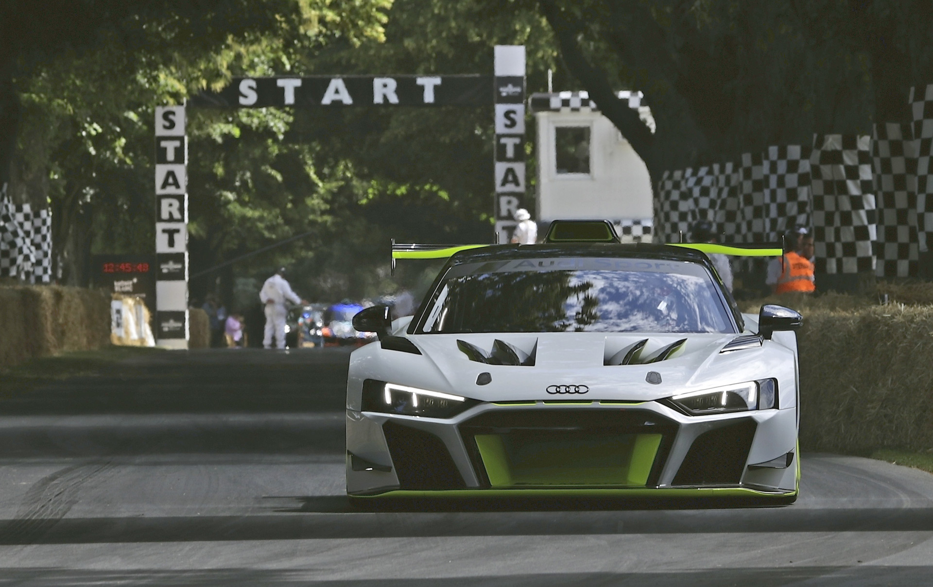 Audi first to reveal new race car for revived GT2 series 1920x1209