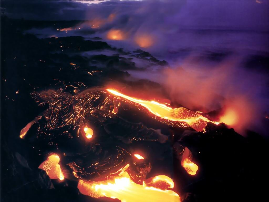 Hawaii Volcanoes National Park   nature wallpaper featuring mountains 1024x768