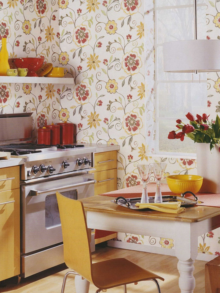 Cheerful and bright wallpaper for the kitchen httplelandswallpaper 720x960