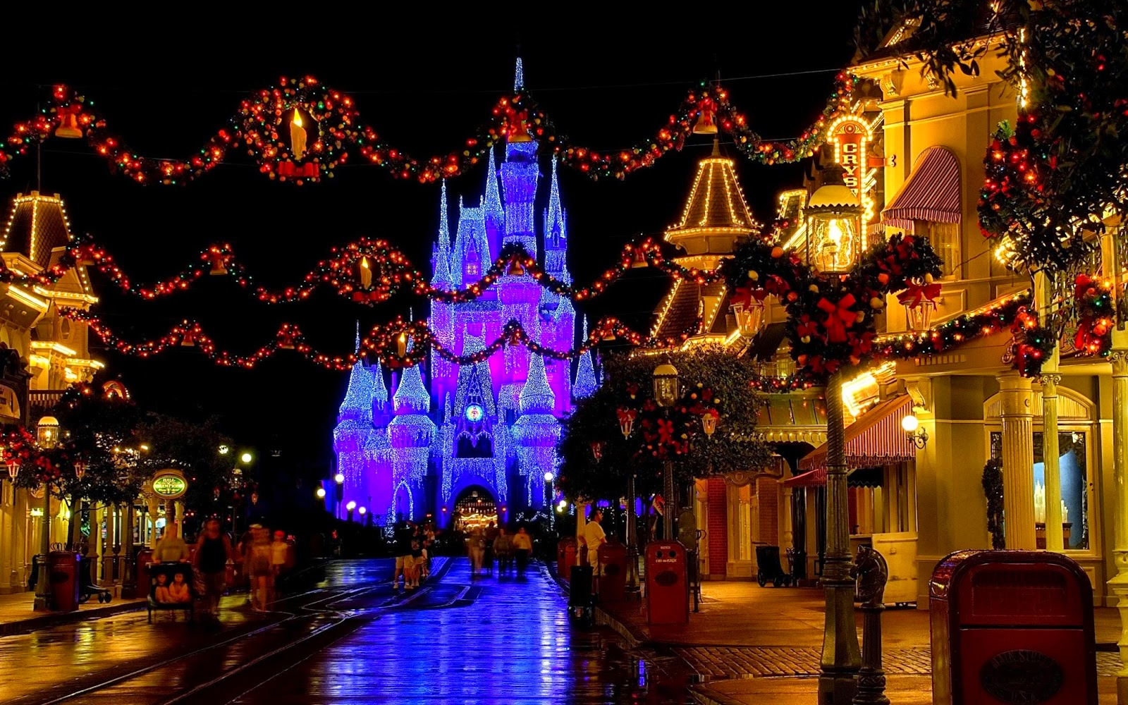 DISNEY WORLD USA christmas photos   wallpapers the fun bank 1600x1000