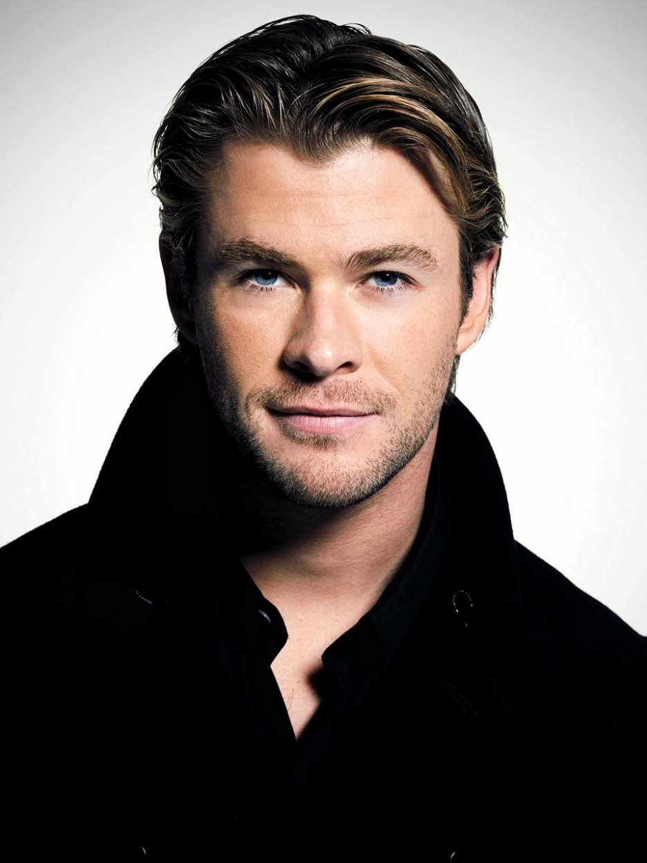 Chris Hemsworth   Hollywood   Actors Wallpapers Download FREE 936x1248