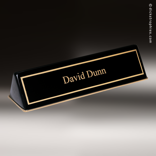 Desk Name Plate Wallpaper Daily 500x500