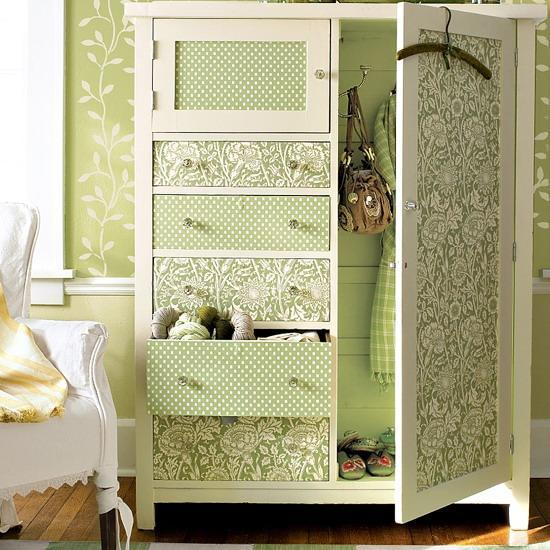 Creative Ideas For Storage Furniture Decoration With Modern Wallpaper 550x550