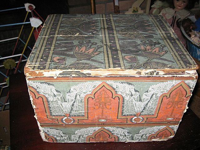 Antique Wallpaper Covered Wooden Box with Lid Lancaster Pa News from 640x480
