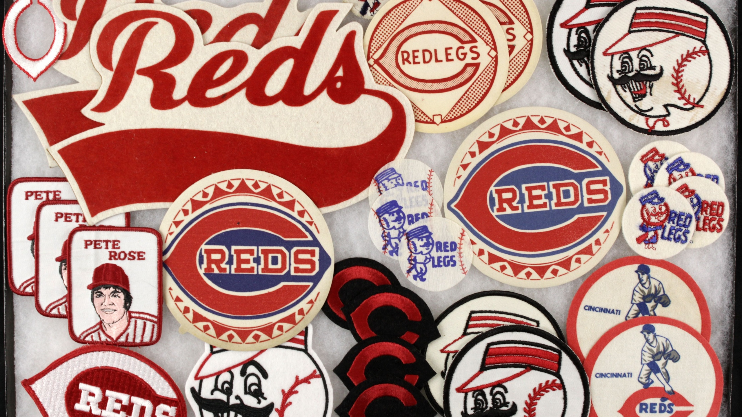 Cincinnati Reds Wallpaper 18   2560 X 1440 stmednet 2560x1440