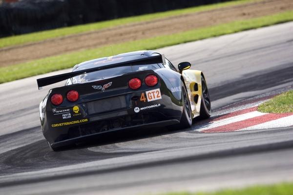 Corvetteracing chevrolet corvette racing gt2 3000x2000 wallpaper 600x400