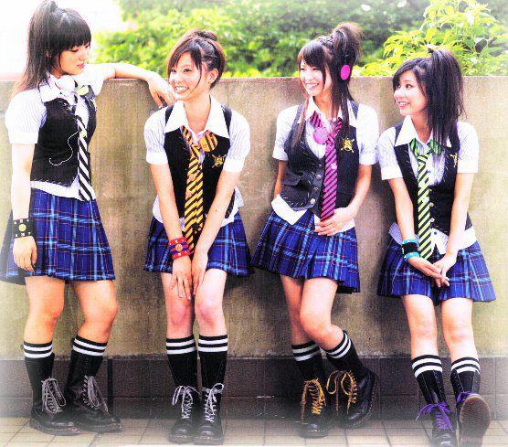 SCANDAL Japan Girls Band 556x489